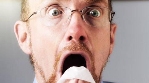 ¿Qué pasa si estornudas muy fuerte con los ojos abiertos?
