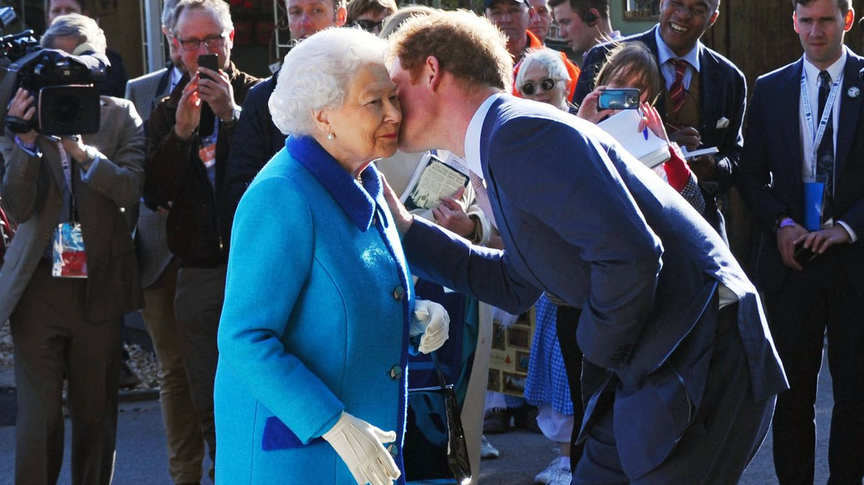 La decisión de lsabel II para no perjudicar al príncipe Harry en el funeral de Felipe de Edimburgo