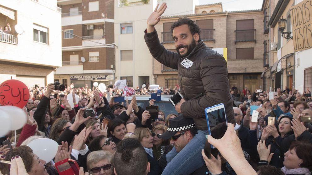 'Spiriman' agua la fiesta de Andalucía a Díaz: denuncia amenazas y llama a la protesta