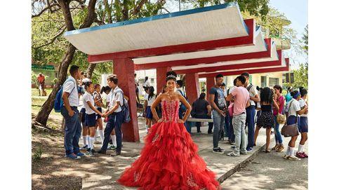Quinceañeras en Cuba. El rito iniciático del retrato como mujer
