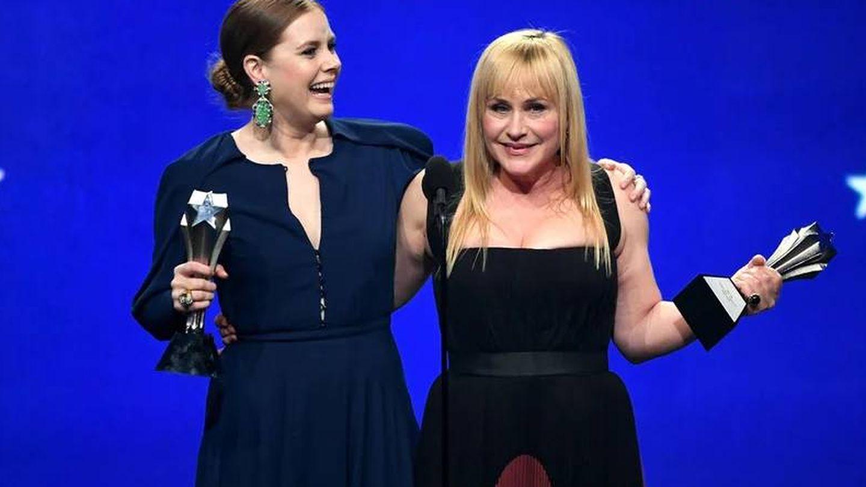 Amy Adams y Patricia Arquette en los Critics' Choice Awards. (Agencias)