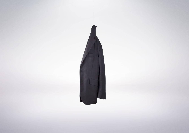Una exclusiva chaqueta de cashmere tan ligera como un suspiro de 415 gramos