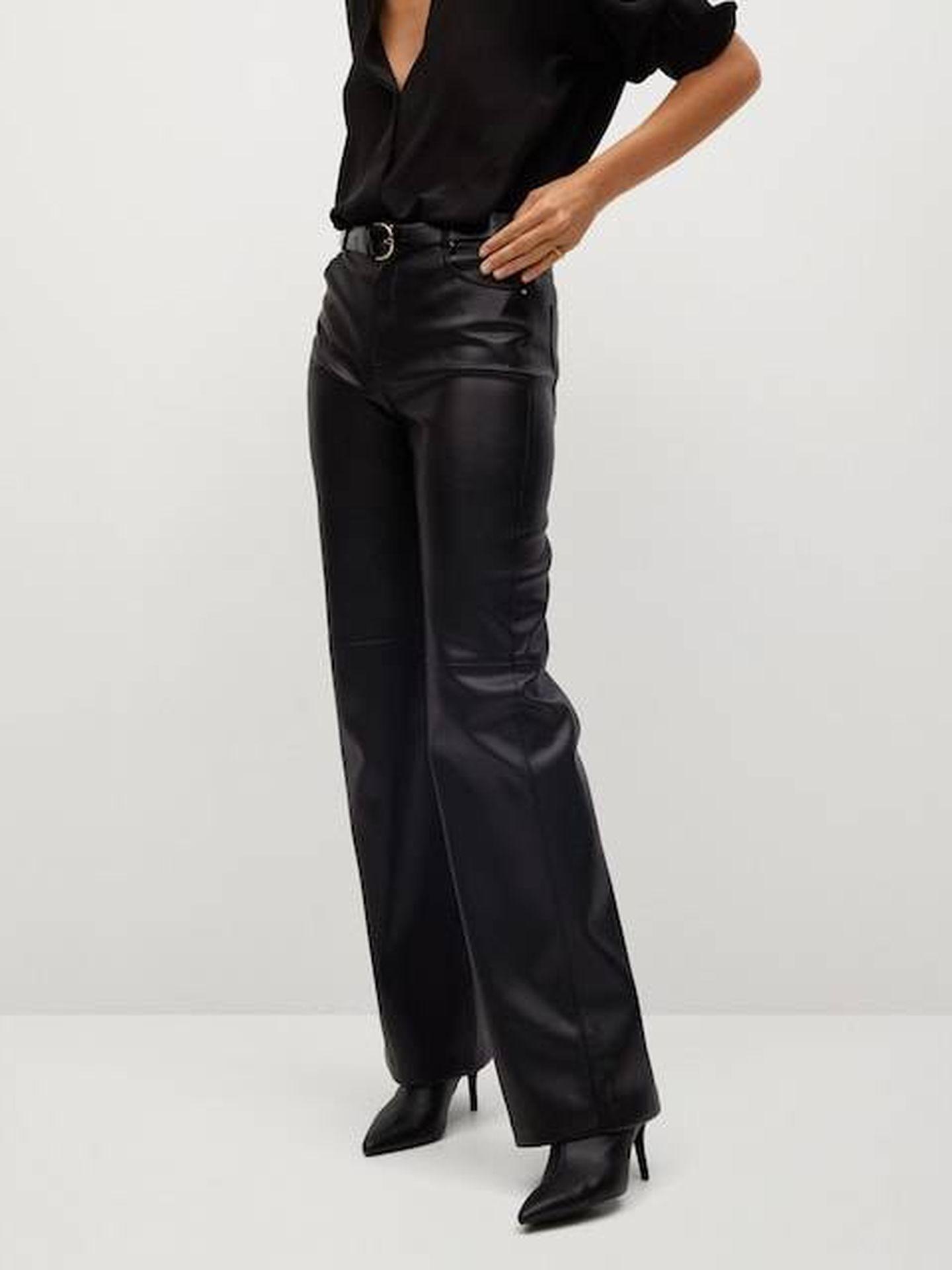 El pantalón de Mango que lleva Eugenia Silva. (Cortesía)