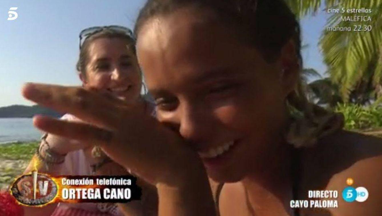 Gloria Camila recibe la llamada de Ortega Cano en 'Supervivientes'.