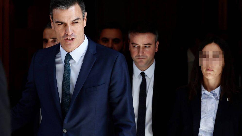 Foto: Pedro Sánchez y su director de Gabinete, Iván Redondo, el pasado 25 de julio al finalizar el pleno fallido de investidura en el Congreso. (EFE)