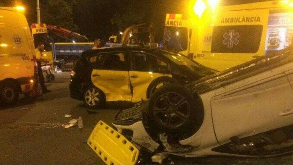 Un conductor ebrio y a la fuga se estrella contra el taxi de Koponen, del Barça