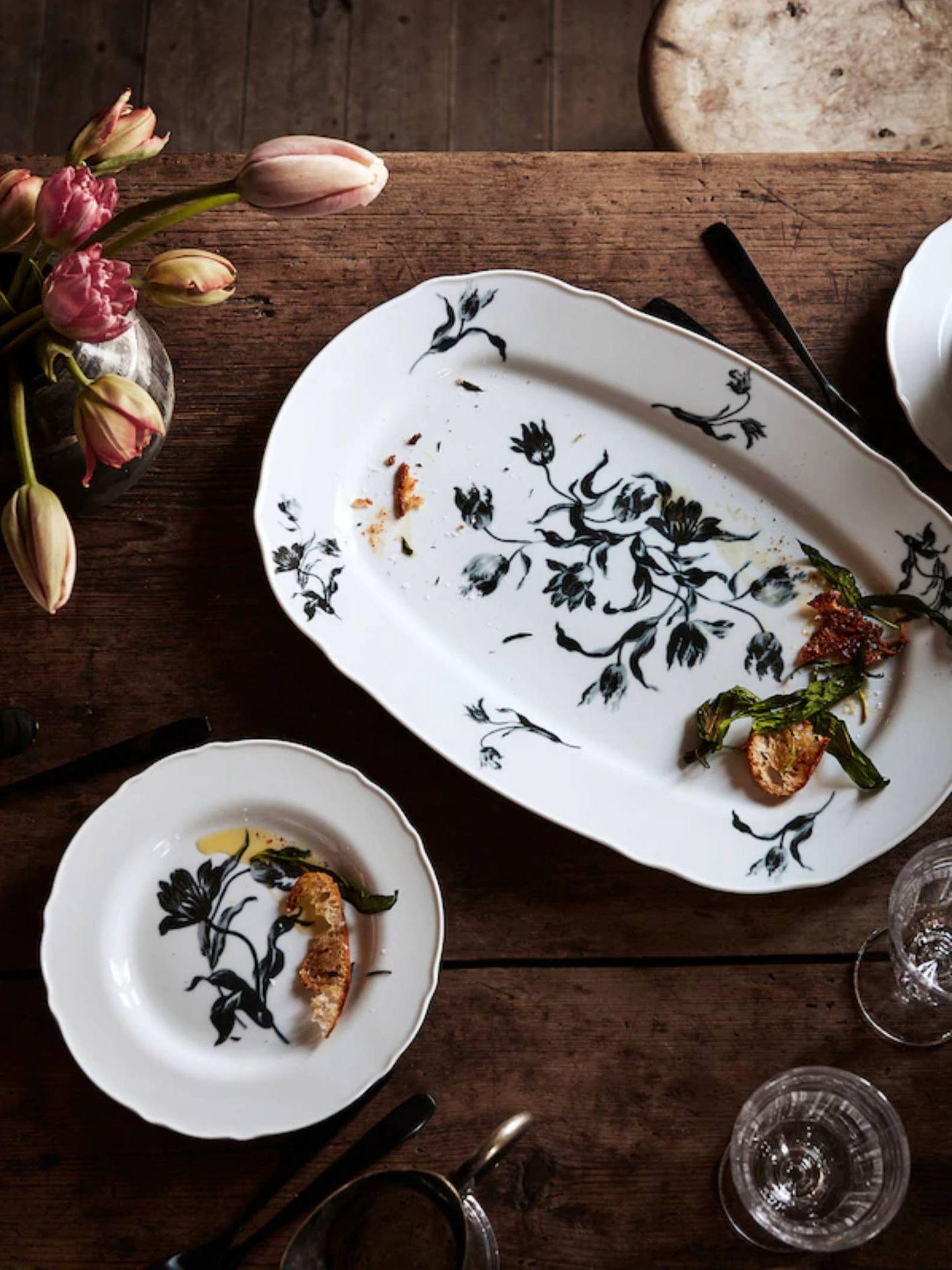 Platos y vajilla de Ikea para una mesa tan elegante como la de Isabel Preysler. (Cortesía)