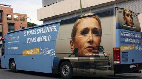 Los ultracatólicos, en pie de guerra: 'Si votas Cifuentes, votas aborto'
