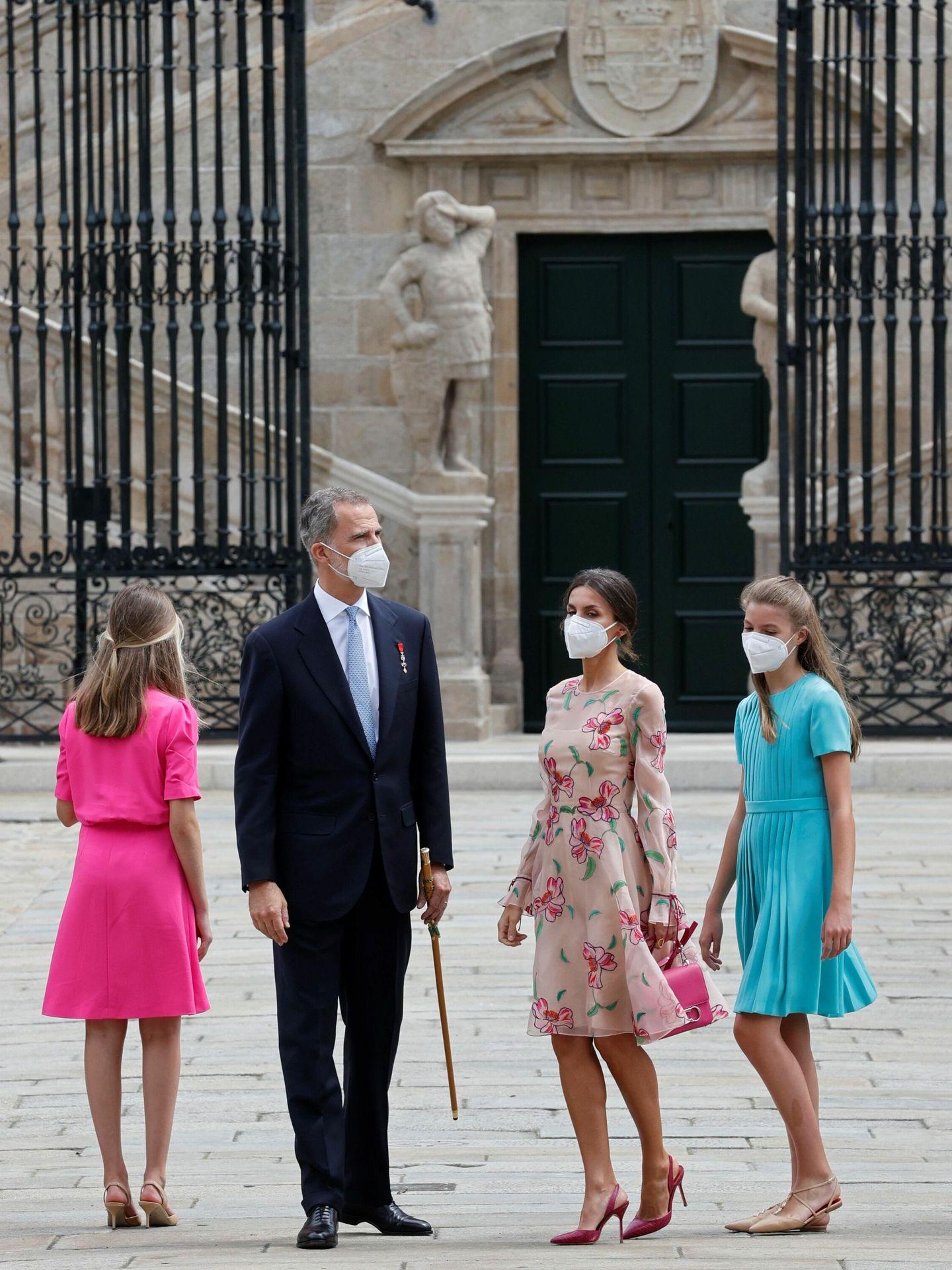 Los Reyes y sus hijas, este fin de semana en Santiago de Compostela. (EFE)