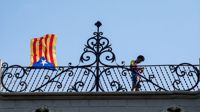 El rechazo a la independencia de Cataluña baja al 46,3% y el 'sí' sube al 45,5%