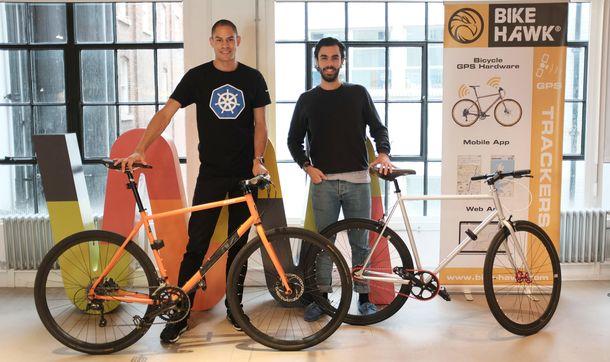 Foto: John Pryce-Robertson y Daniel Pamplona, fundadores de BikeHawk (Vía: BikeHawk)