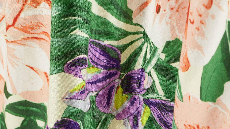 Vestido de flores de HyM. (Cortesía)