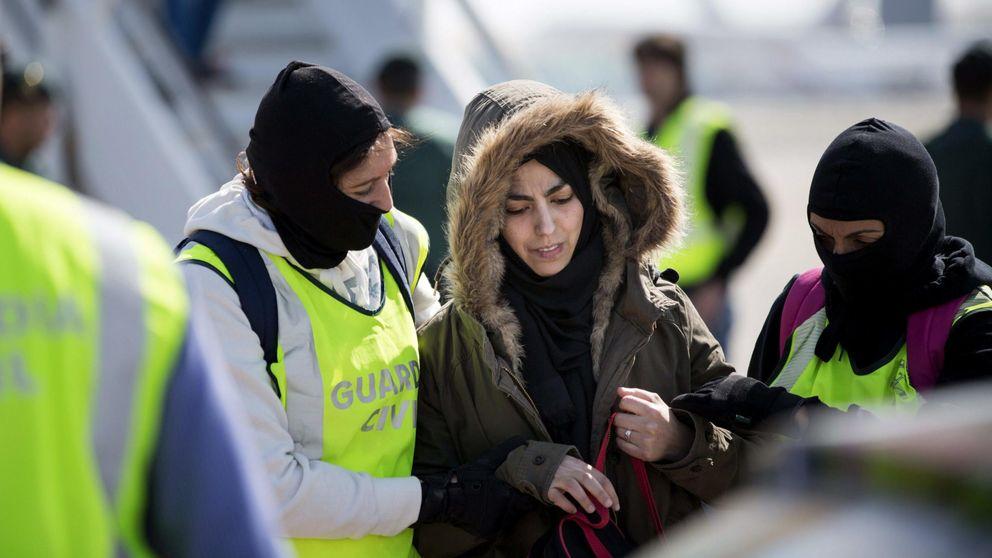 Detenida en Barcelona una mujer que pretendía alistarse a Estado Islámico