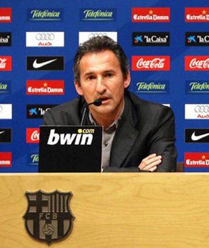 El Barça no se libra de Eto'o y Ronaldinho por su sueldo