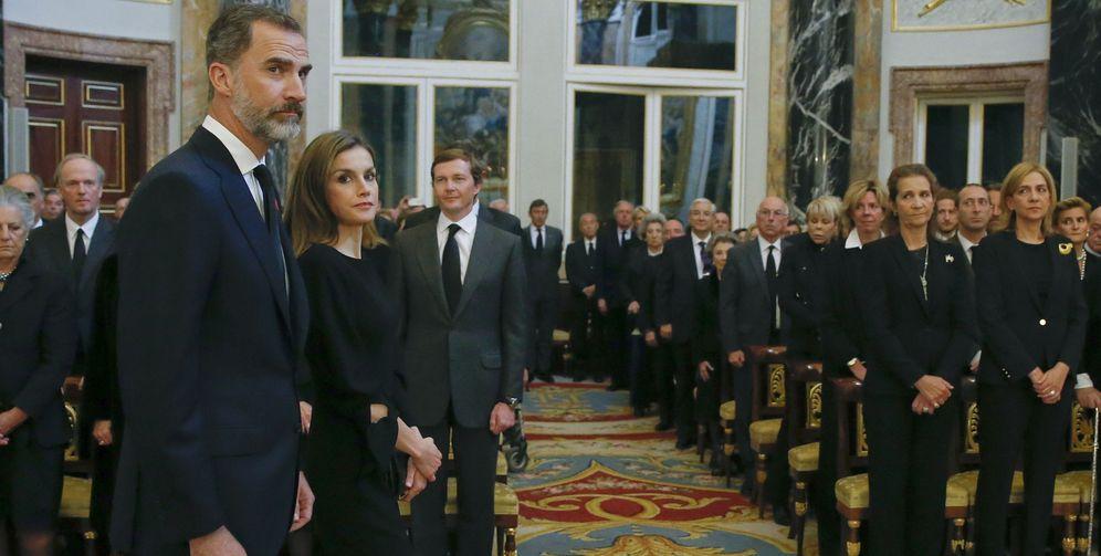 Foto: Los Reyes presiden el funeral de Alicia de Borbón-Parma