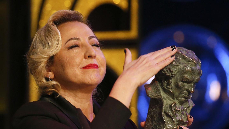 Carmen Machi recibe el Goya por 'Ocho apellidos vascos'. (Reuters)