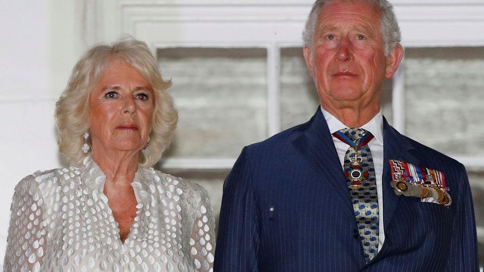 Foto: El príncipe Carlos y la duquesa de Cornualles en Barbados. (Reuters)