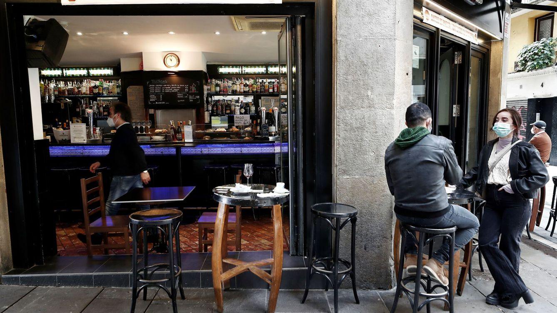 La Fiscalía navarra se opone al toque de queda y Galicia lleva a la Justicia sus medidas