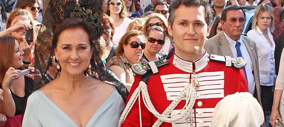 Foto: Carmen Tello y su hijo Fernando, el día de su boda en mayo de 2013 (Gtres)