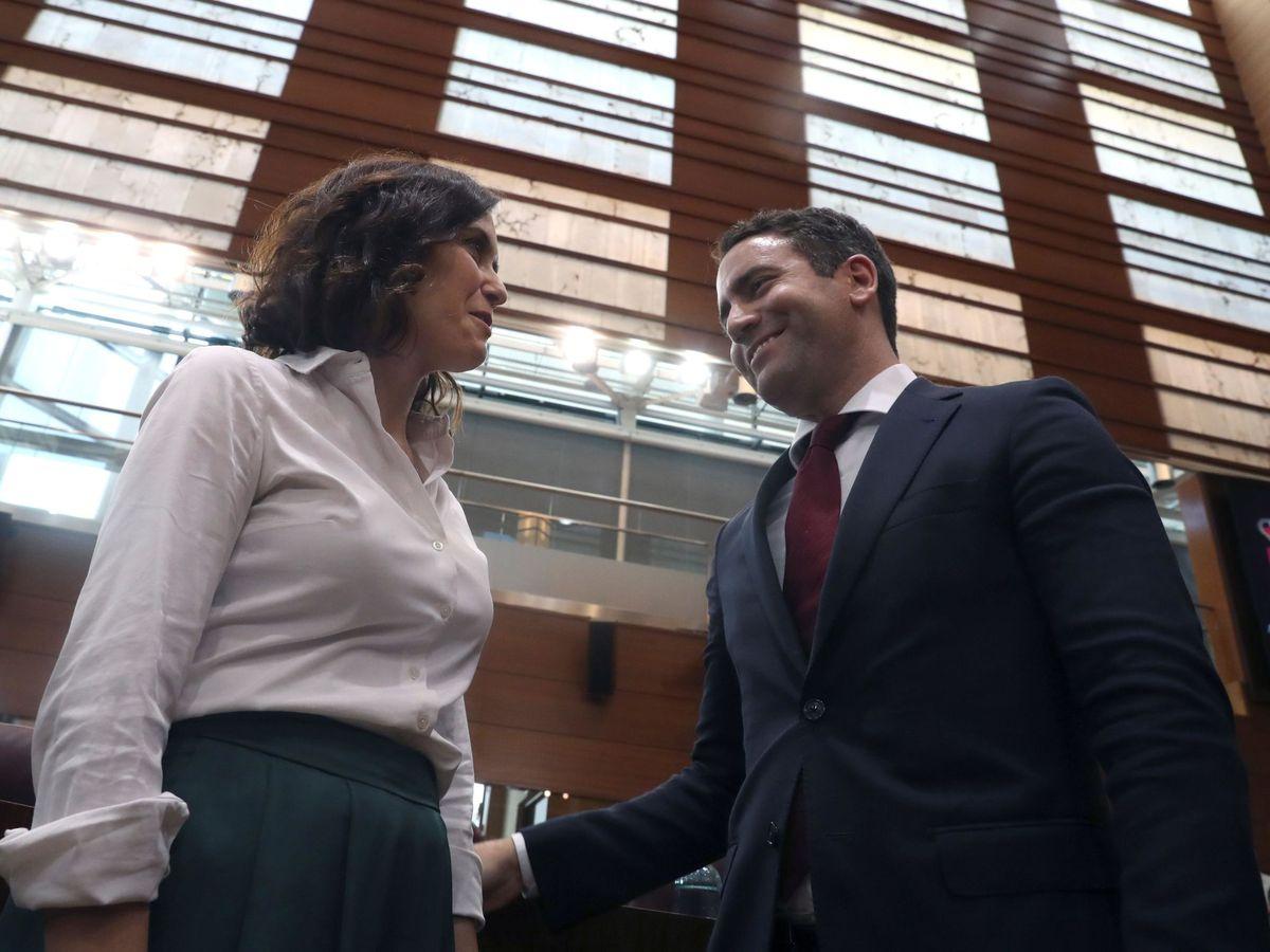 Foto: Isabel Díaz Ayuso, junto a Teodoro García Egea. (EFE)