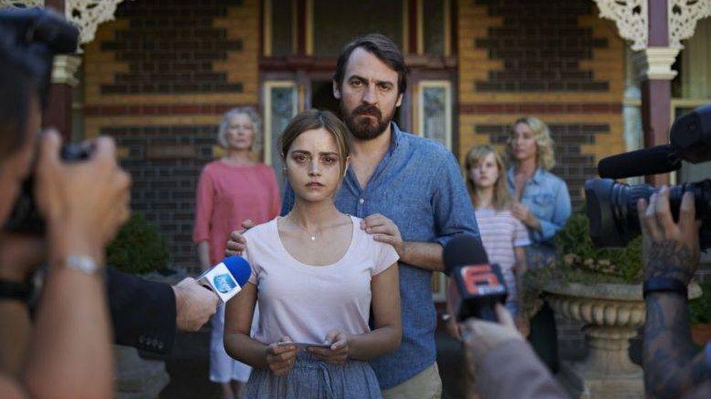 Foto: La pareja protagonista de 'The Cry'. (BBC)