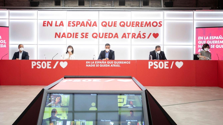 Foto: Pedro Sánchez (c), preside la reunión del Comité Ejecutivo Federal de su partido el pasado lunes en Madrid. (EFE)