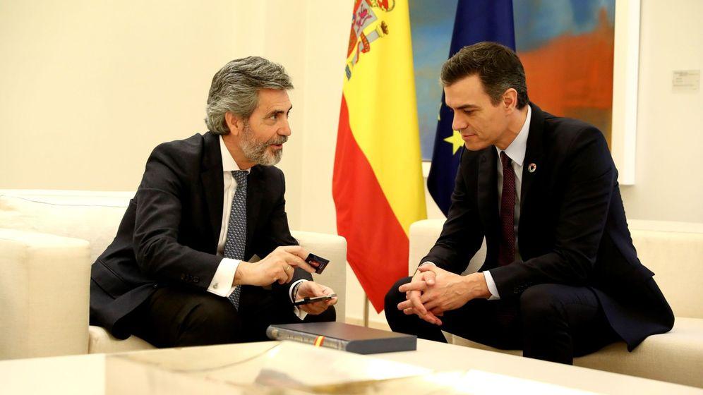 Foto: El presidente del Consejo General del Poder Judicial, Carlos Lesmes, y el presidente del Gobierno, Pedro Sánchez. (EFE)