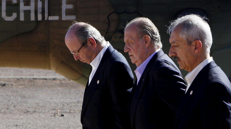 Foto: Rafael Spottorno, junto al rey don Juan Carlos, en una imagen de archivo. (EFE)
