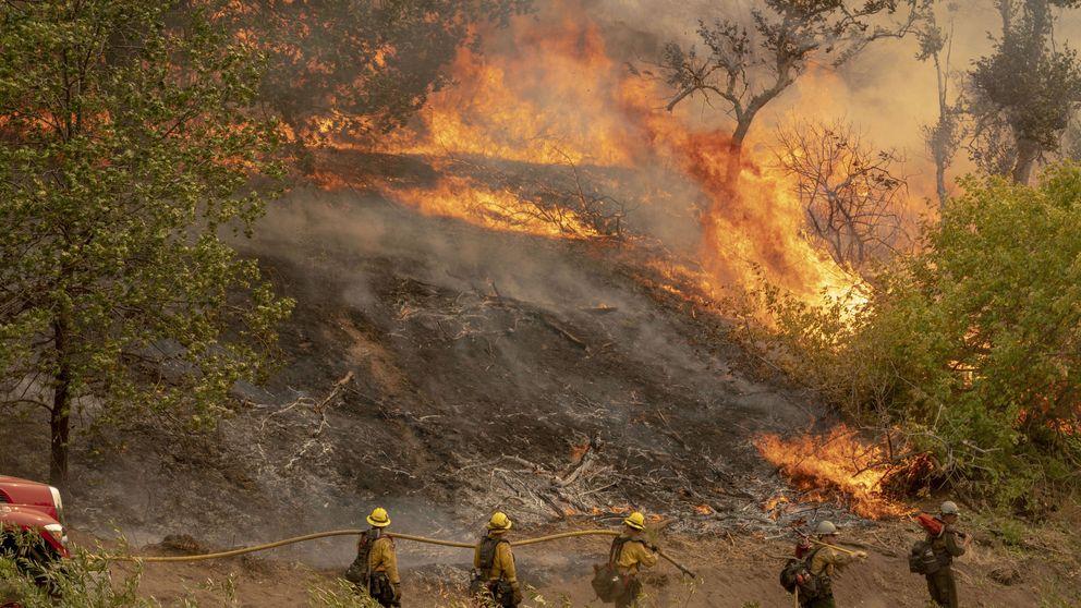 California vive su segunda oleada de fuegos del verano en plena ola de calor de 40º