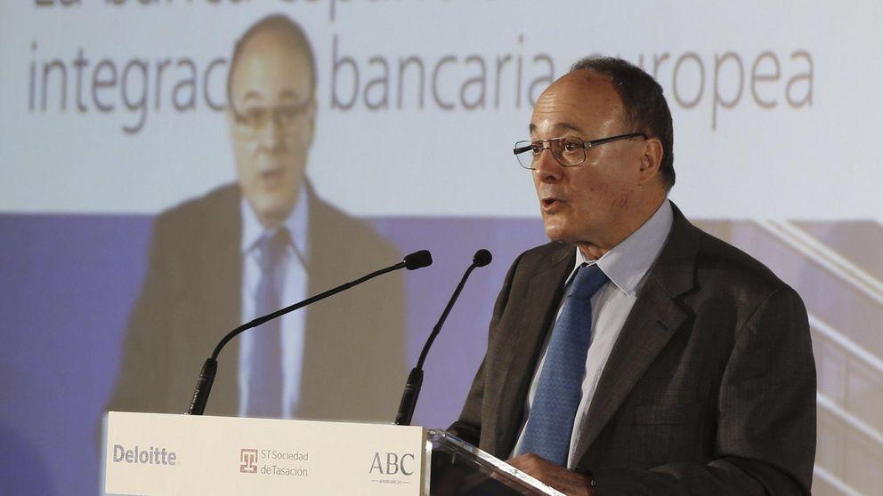 La UE amenaza con elevar la deuda pública 40.800 millones por la banca