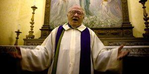"""Foto: El regreso de los poseídos: """"En todas las diócesis hay un exorcista oficial"""""""