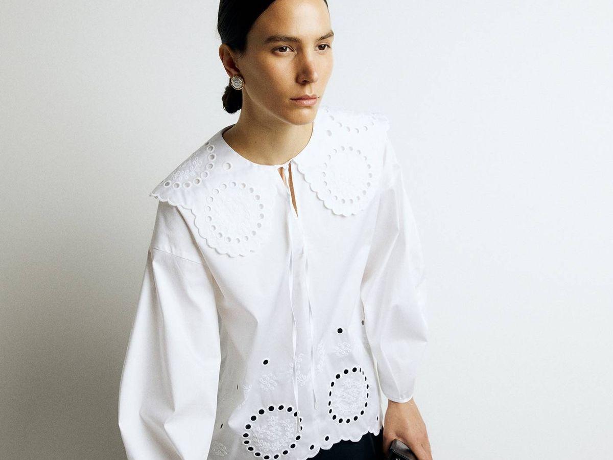 Foto: Blusa blanca de Sfera con toque trendy. (Cortesía)