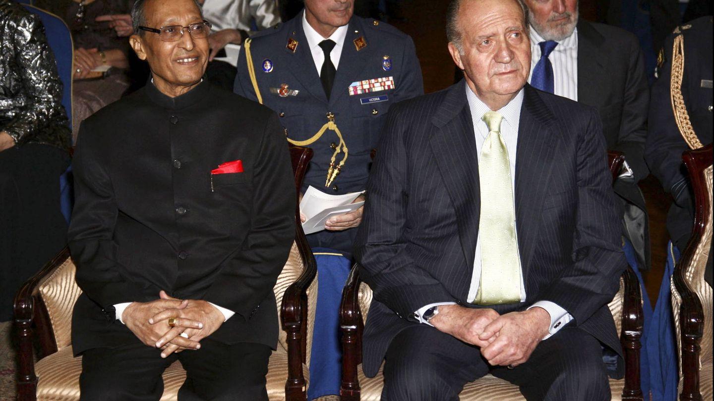 Juan Carlos en la recepción en honor a la presidenta de la India. (2009)