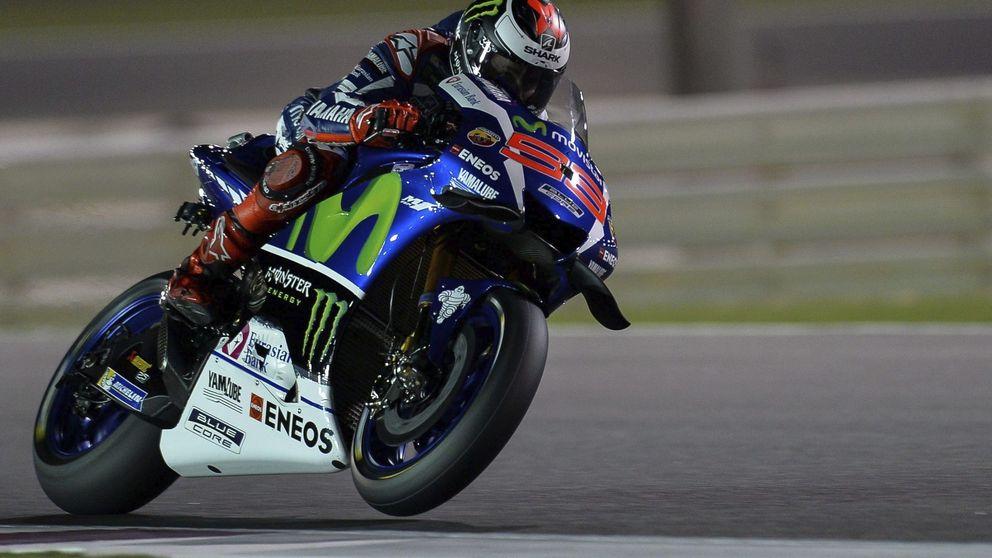 Lorenzo arrasa en Qatar y manda callar a su íntimo enemigo Valentino Rossi