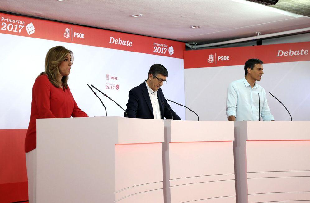 Foto: Susana Díaz, Patxi López y Pedro Sánchez, durante el debate a tres en Ferraz, este 15 de mayo. (EFE)