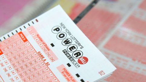 Su familia le ayudó a ganar la lotería y él piensa devolverles el favor