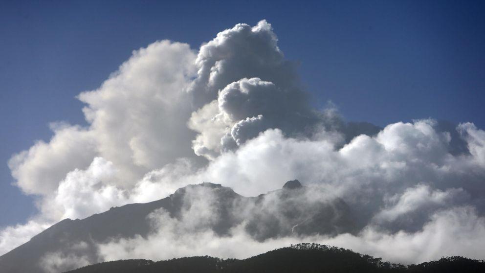 El volcán chileno Calbuco entra en erupción por tercera vez