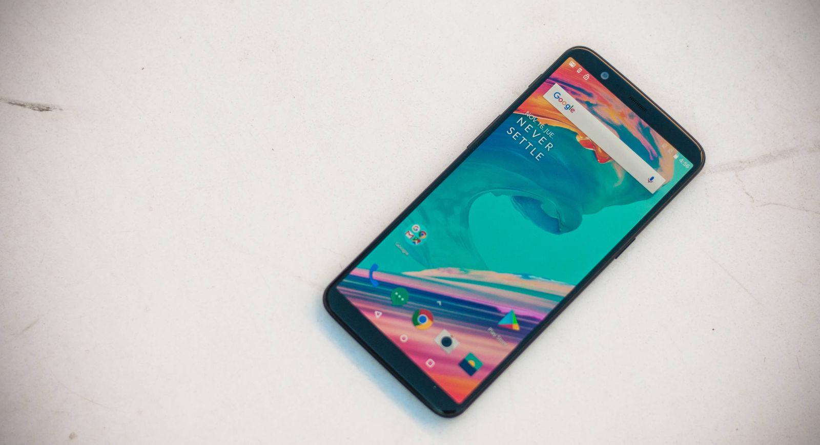 Foto: Todo pantalla. Así es el nuevo OnePlus 5T. (C.Castellón)