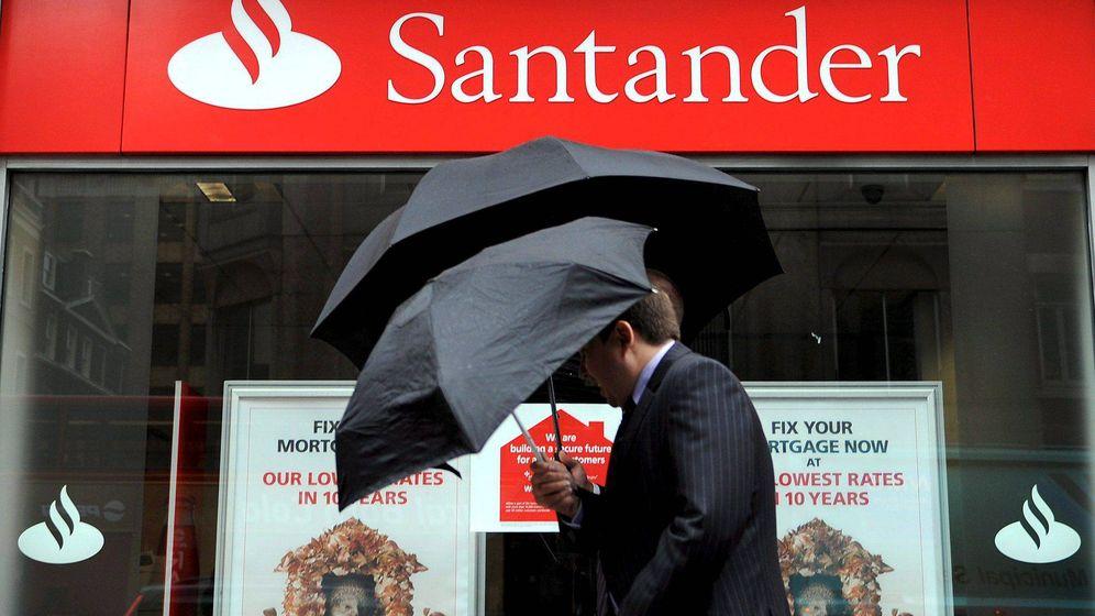 Foto: Sucursal del banco Santander en el centro de Londres (EFE)