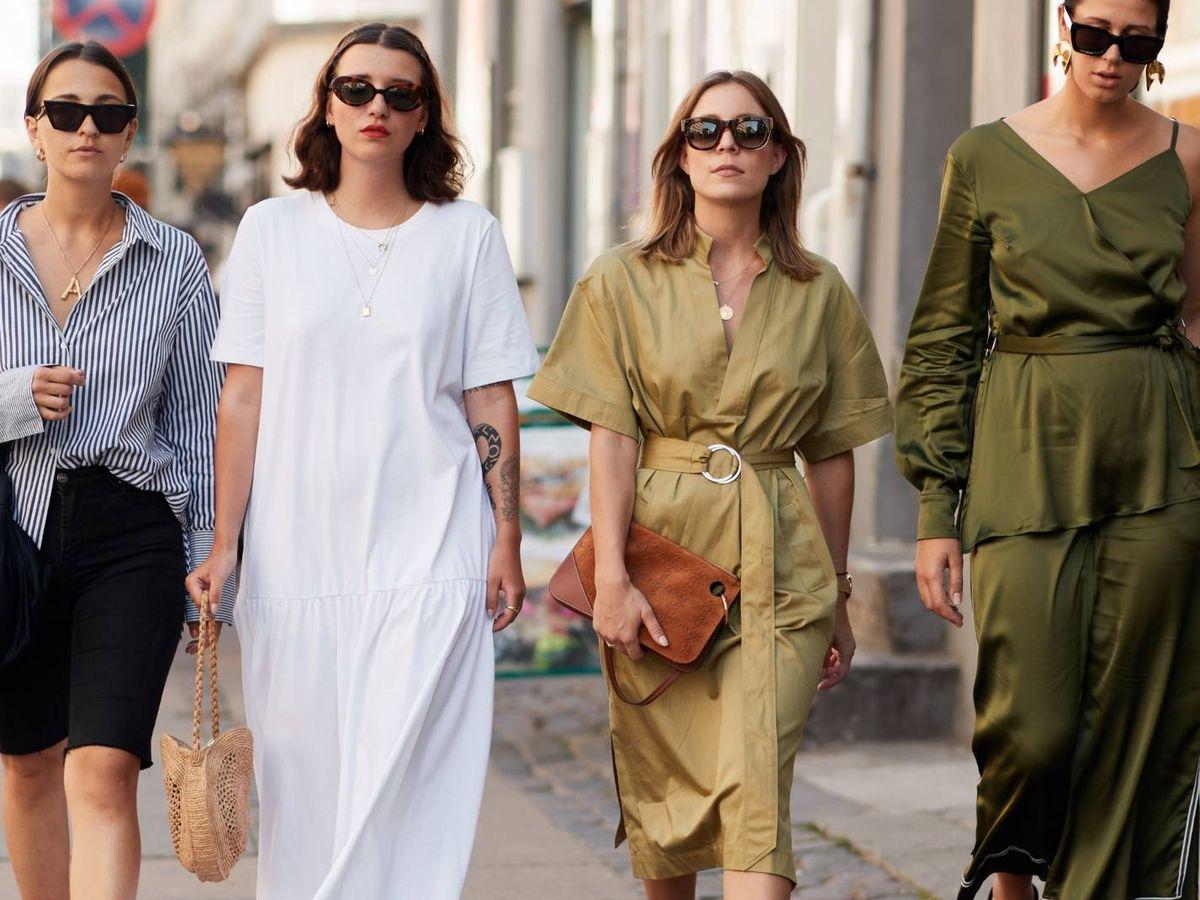 Foto: Aduéñate de las calles con un vestido de Zara superasequible. (Imaxtree)