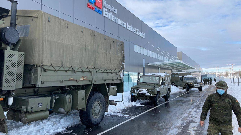 El Ejército entra en las emergencias sanitarias: de llevar pacientes a diálisis a visitar enfermos