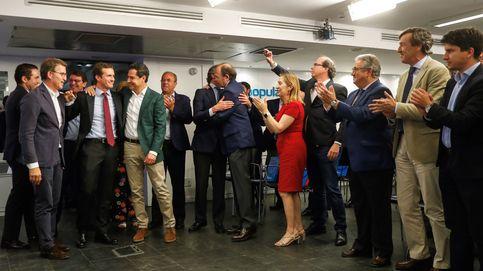 Casado aborda con los barones el debate de las dos almas del PP tras el 12-J