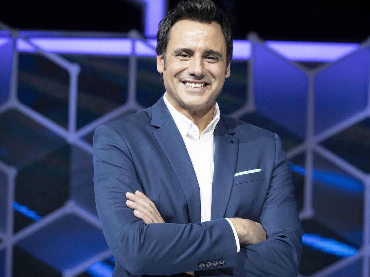 Foto: Ion Aramendi, presentador de 'El cazador'. (TVE)