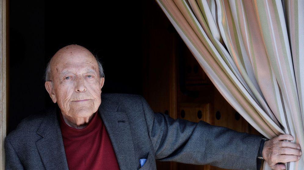 Foto: Muere el escritor y periodista José Jiménez Lozano (EFE)