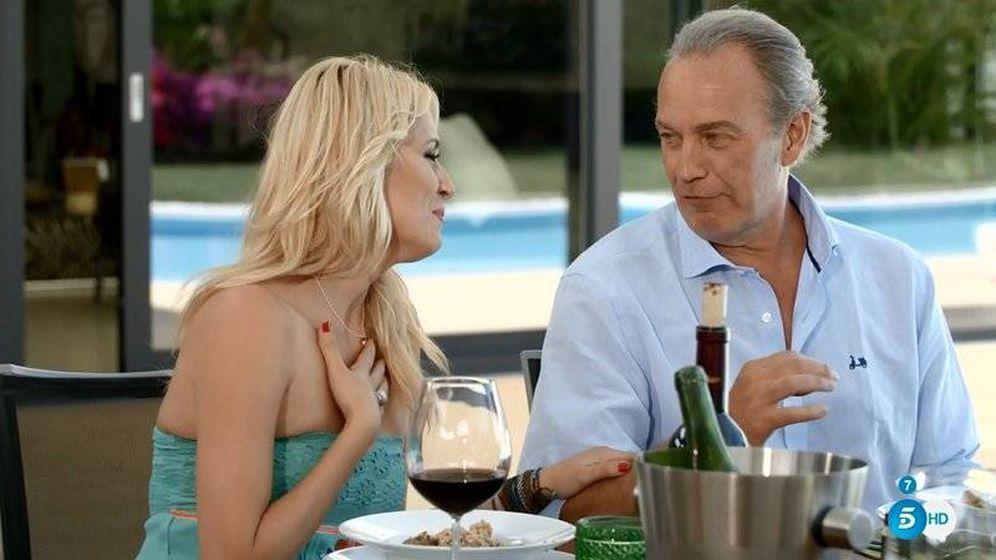Foto: Carolina Cerezuela con Bertín Osborne en el arranque de la segunda temporada de 'Mi casa es la tuya'