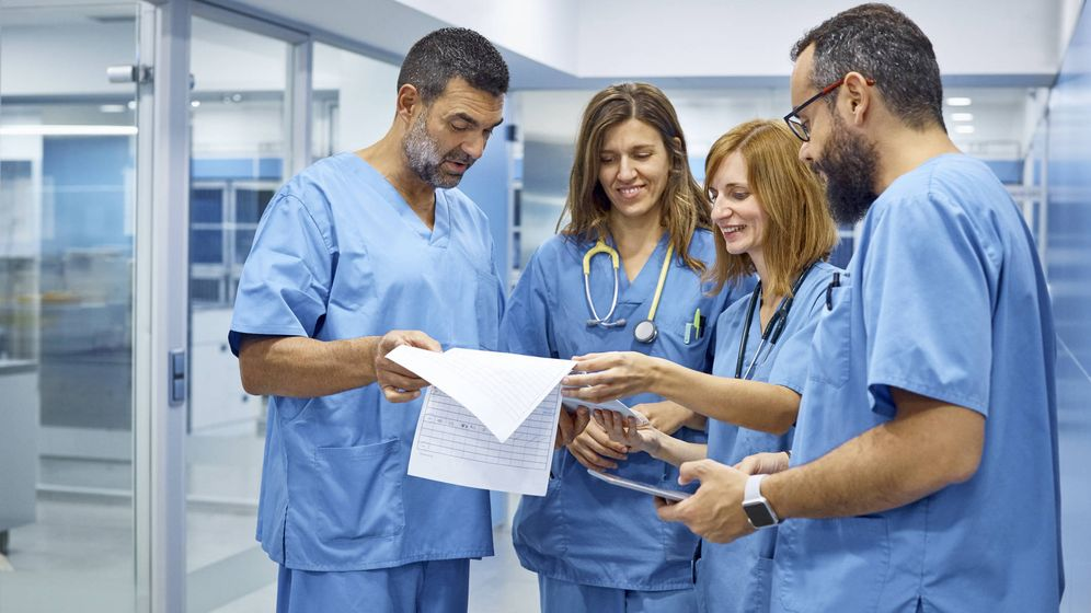 Foto: Médicos. (iStock)