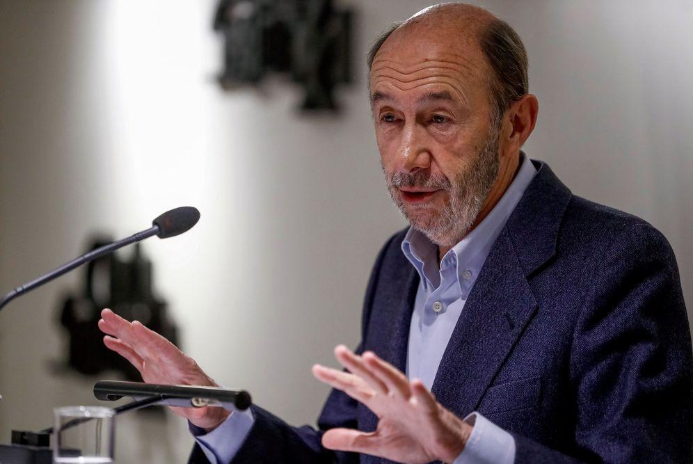 Foto: Alfredo Pérez Rubalcaba, el pasado 26 de noviembre durante su intervención en el Club Siglo XXI, en Madrid. (EFE)