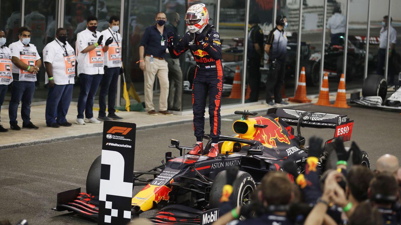 Foto: Max Verstappen celebra su victoria en Abu Dabi. (Reuters)