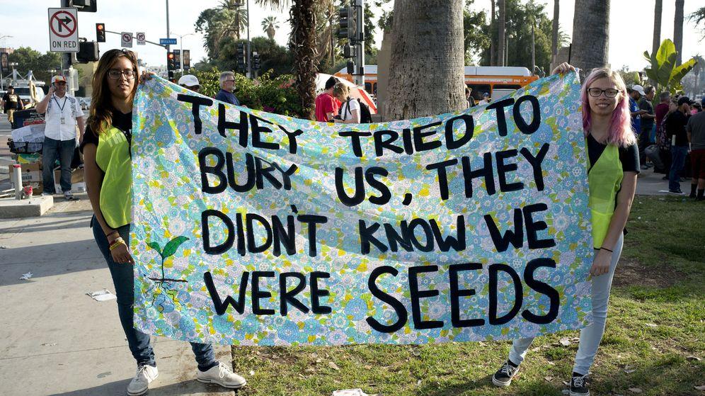 Foto: Manifestación de jóvenes en Los Ángeles. (EFE)
