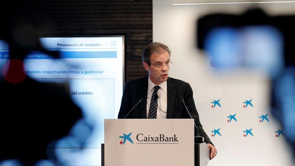 Foto: El presidente de Caixabank, Jordi Gual, en la presentación este viernes. (EFE)